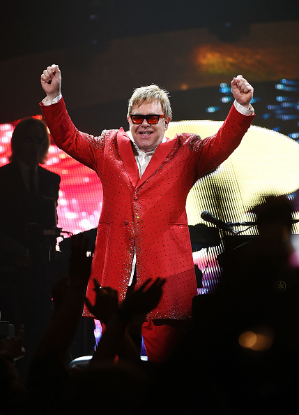 Holiday - Event「Elton John Performs His First New Year's Eve Concert In New York City」:写真・画像(9)[壁紙.com]
