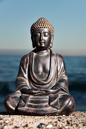 仕事運「日本の海岸には海の涅槃像」:スマホ壁紙(17)
