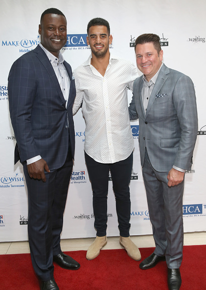 Marcus Mariota「17th Annual Waiting for Wishes Celebrity Dinner」:写真・画像(0)[壁紙.com]