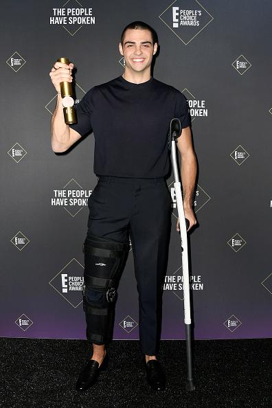 45th People's Choice Awards「2019 E! People's Choice Awards - Press Room」:写真・画像(7)[壁紙.com]