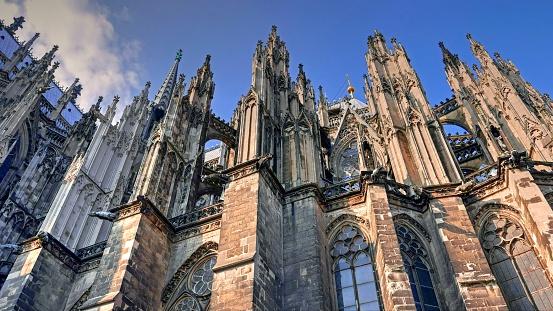 Roman「Cologne Cathedral, Cologne, Rhine」:スマホ壁紙(16)