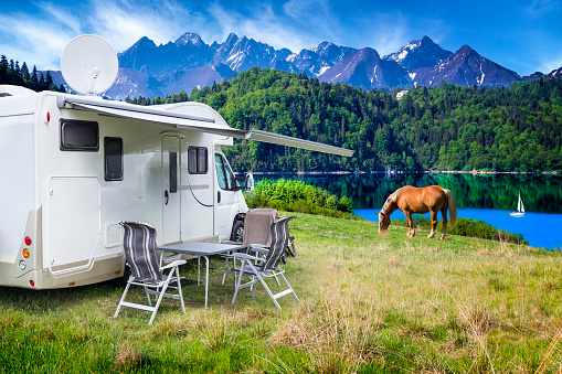 Pasture「Vacation in Poland - camper by the Czorsztyn lake and Tatra Mountains landscape」:スマホ壁紙(12)