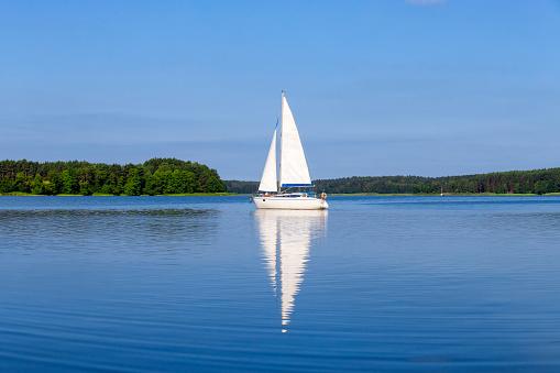 Tourism「Vacation in Poland - sailboat on the Niegocin lake, Masuria」:スマホ壁紙(4)
