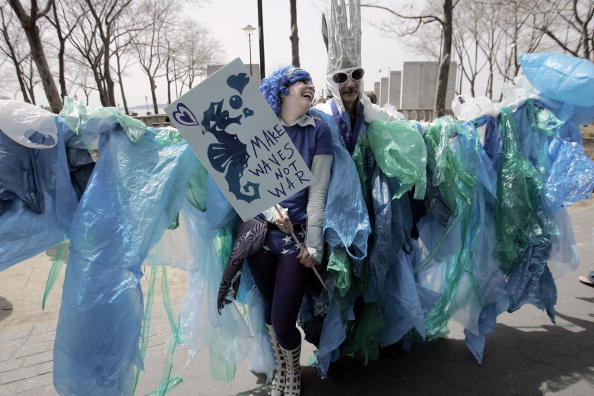 """Wrapped「""""Sea Of People"""" Gathers At Climate Change Rally」:写真・画像(11)[壁紙.com]"""