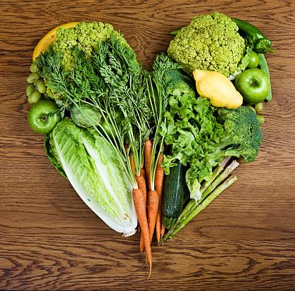 Carrot「Vegetables arranged in a heart」:スマホ壁紙(4)