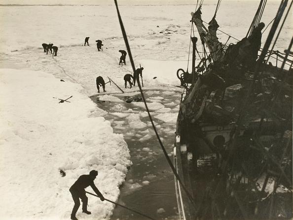 Frank Hurley「Pack Ice, February, 1915」:写真・画像(18)[壁紙.com]