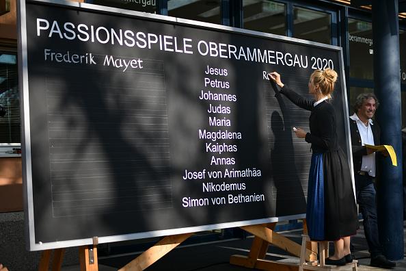ヒューマンインタレスト「Oberammergau Passion Play Present Their Cast For The Play In 2020」:写真・画像(19)[壁紙.com]