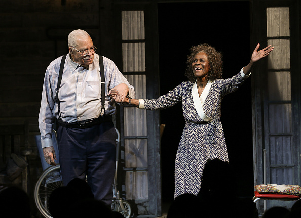 James Earl Jones「'The Gin Game' Broadway Opening Night - Arrivals & Curtain Call」:写真・画像(16)[壁紙.com]
