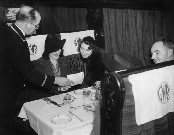 Passenger「Restaurant Car」:写真・画像(1)[壁紙.com]