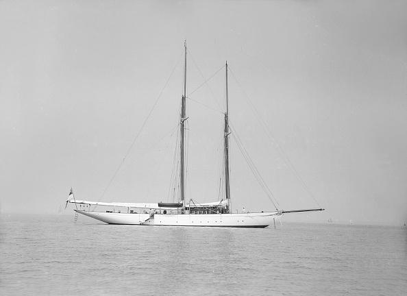 Cutting「The Schooner Joyance At Anchor」:写真・画像(13)[壁紙.com]