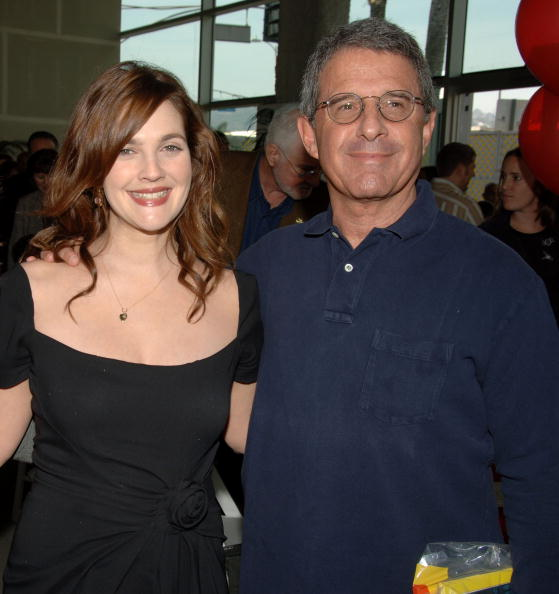 """Cartoon「World Premiere Of """"Curious George"""" - After Party」:写真・画像(11)[壁紙.com]"""