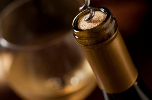 Wine Bottle「Uncorking Wine」:スマホ壁紙(7)