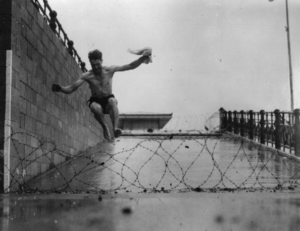 Forbidden「Barbed Brighton」:写真・画像(5)[壁紙.com]
