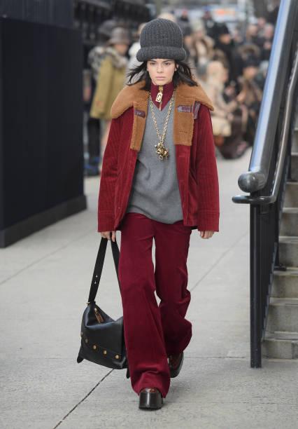 Marc Jacobs Fall 2017 Show - Runway:ニュース(壁紙.com)