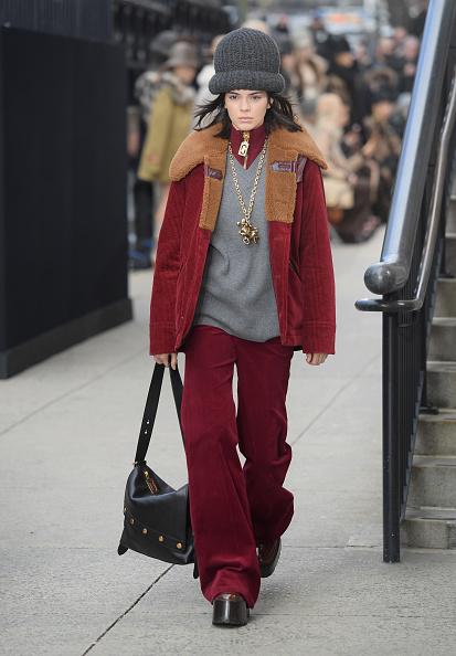 ランウェイ「Marc Jacobs Fall 2017 Show - Runway」:写真・画像(7)[壁紙.com]