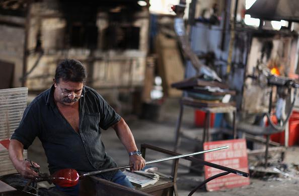 花瓶「Traditional Venetian Glass Blowers Practice Their Craft」:写真・画像(11)[壁紙.com]
