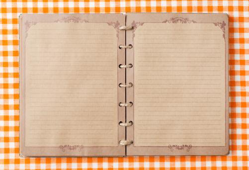 タータンチェック「旧ノートにオレンジ tableclot」:スマホ壁紙(17)