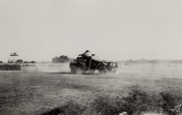 Armored Vehicle「Armoured Car In India」:写真・画像(5)[壁紙.com]