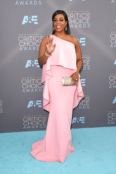 Critics' Choice Television Awards「The 21st Annual Critics' Choice Awards - Arrivals」:写真・画像(4)[壁紙.com]