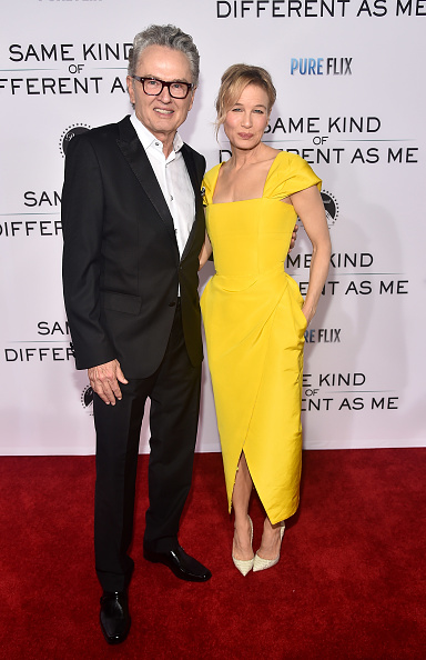 "Alternative Pose「Premiere Of Paramount Pictures And Pure Flix Entertainment's ""Same Kind Of Different As Me"" - Red Carpets」:写真・画像(12)[壁紙.com]"