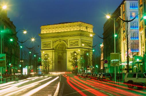 Arc de Triomphe - Paris「Europe, France, Paris, Arc de Triomphe at night (long exposure)」:スマホ壁紙(9)