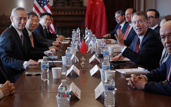 Wilbur Ross「US-China Trade Talks Open In Washington DC」:写真・画像(18)[壁紙.com]