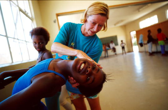 Russian Ballet「Ballet In The Poor Townships of South Africa」:写真・画像(14)[壁紙.com]