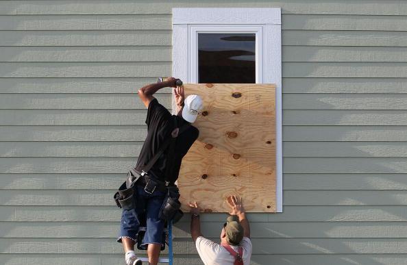 Steve Wood「North Carolina Coast Prepares For Hurricane Earl」:写真・画像(6)[壁紙.com]