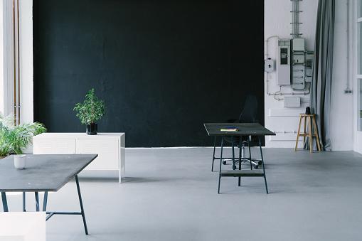 Small Office「Empty office space, no people」:スマホ壁紙(16)