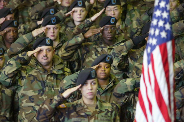 Army Soldier「U.S Troops Return To Base After Deployment In Iraq」:写真・画像(18)[壁紙.com]