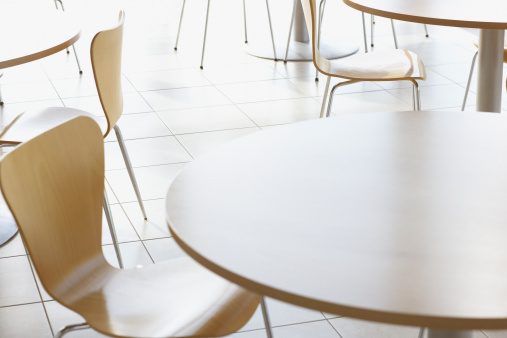 Close-up「Cafe tables and chairs」:スマホ壁紙(7)