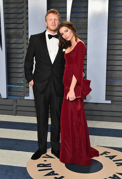 Emily Ratajkowski「2018 Vanity Fair Oscar Party Hosted By Radhika Jones - Arrivals」:写真・画像(11)[壁紙.com]