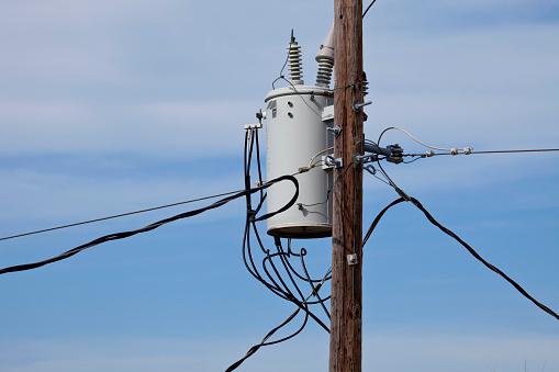 Electricity Pylon「high voltage transformer」:スマホ壁紙(7)