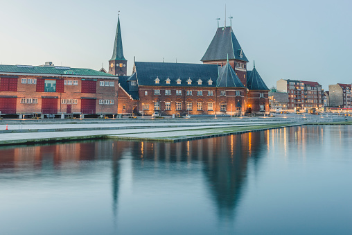Arhus「Denmark, Aarhus, view to harbour and custom house」:スマホ壁紙(18)