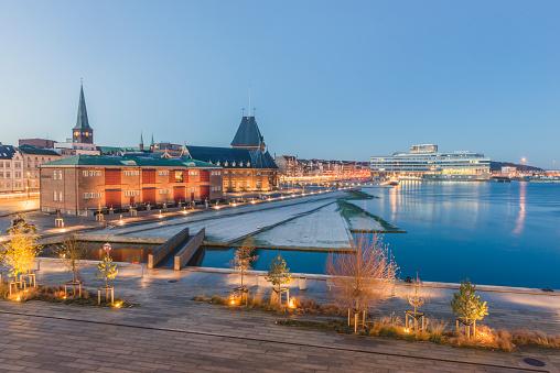 Arhus「Denmark, Aarhus, view to harbour, custom house and Navitas」:スマホ壁紙(11)