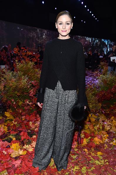 オリヴィア・パレルモ「Moncler Gamme Rouge: Front Row  - Paris Fashion Week Womenswear Fall/Winter 2017/2018」:写真・画像(18)[壁紙.com]