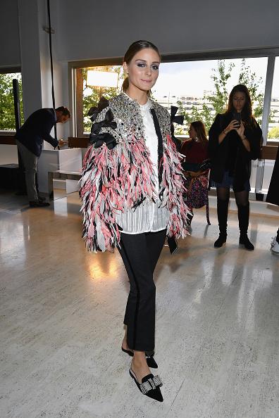オリヴィア・パレルモ「Giambattista Valli : Front Row - Paris Fashion Week Womenswear Spring/Summer 2019」:写真・画像(18)[壁紙.com]