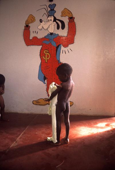 Romano Cagnoni「Biafran Child」:写真・画像(4)[壁紙.com]