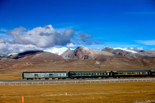 中国「'Train,Tibet,China'」:スマホ壁紙(11)