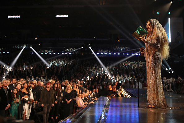 グラミー賞「The 59th GRAMMY Awards - Roaming Show」:写真・画像(0)[壁紙.com]