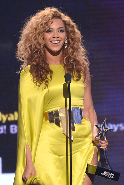 Receiving「2012 BET Awards - Show」:写真・画像(14)[壁紙.com]