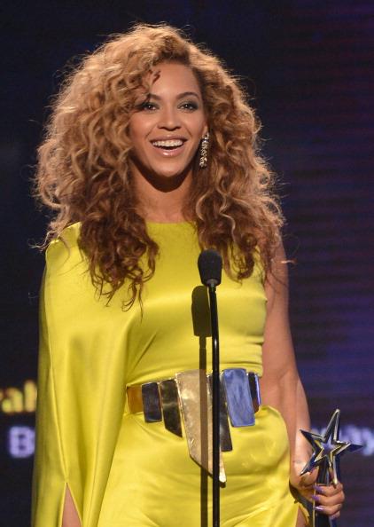 ウェーブヘア「2012 BET Awards - Show」:写真・画像(9)[壁紙.com]