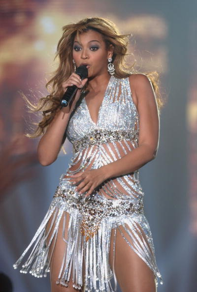 Silver Colored「Beyonce Knowles」:写真・画像(8)[壁紙.com]