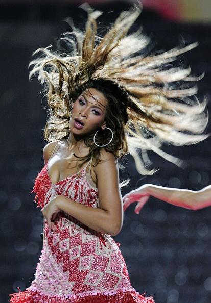 Hair Toss「The World Music Awards - Show」:写真・画像(5)[壁紙.com]
