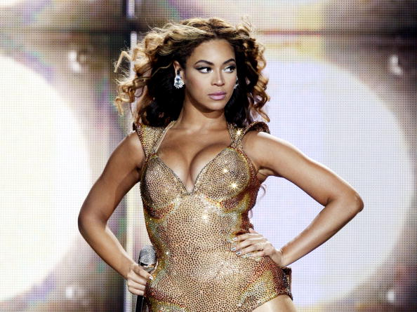 One Person「Beyonce Performs at The Staples Center」:写真・画像(16)[壁紙.com]