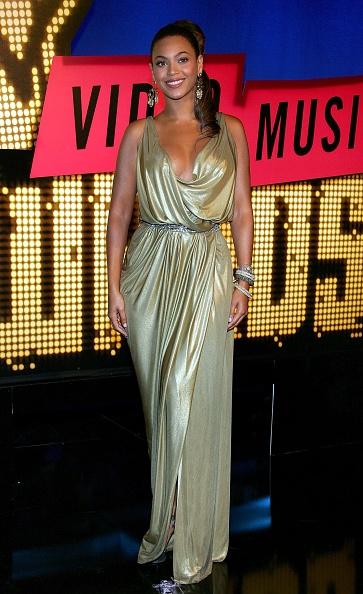 Metallic Dress「2007 MTV Video Music Awards - Arrivals」:写真・画像(12)[壁紙.com]