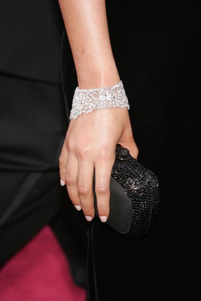 Clutch Bag「77th Annual Academy Awards - Arrivals」:写真・画像(14)[壁紙.com]