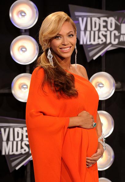 MTV「2011 MTV Video Music Awards - Arrivals」:写真・画像(1)[壁紙.com]