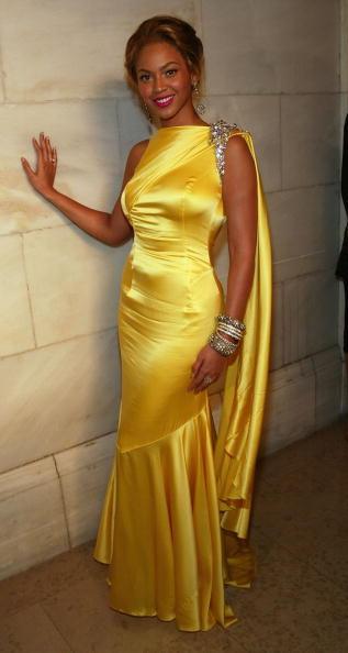 Yellow Dress「2004 CFDA Fashion Awards」:写真・画像(11)[壁紙.com]