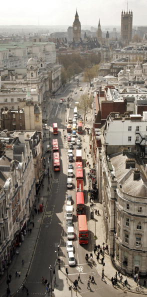 On Top Of「Nelsons Column Undergoes A Face Lift」:写真・画像(13)[壁紙.com]